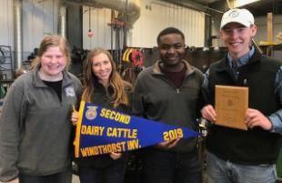 Monterey HS FFA Team Places Second in Dairy Cattle Judging Contest