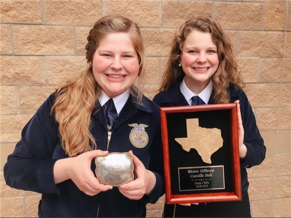 MHS Sisters Serve FFA Together