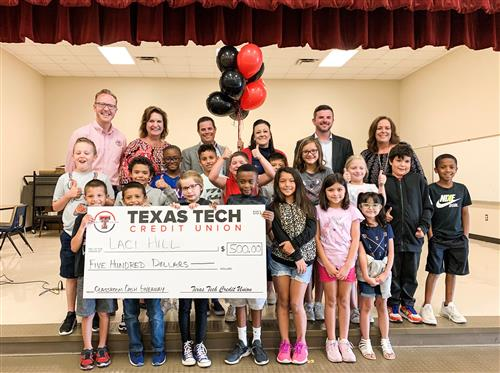 Roberts ES teacher surprised with $500 gift from Texas Tech FCU