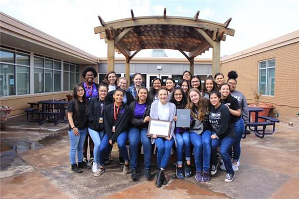 Tsywl Yearbook Receives Walsworth Gallery of Excellence Award