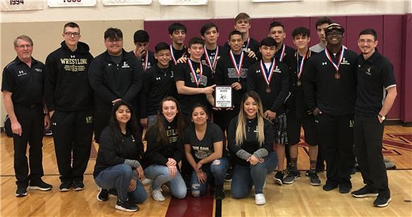 Westerners take top spot in District 4-5A wrestling meet